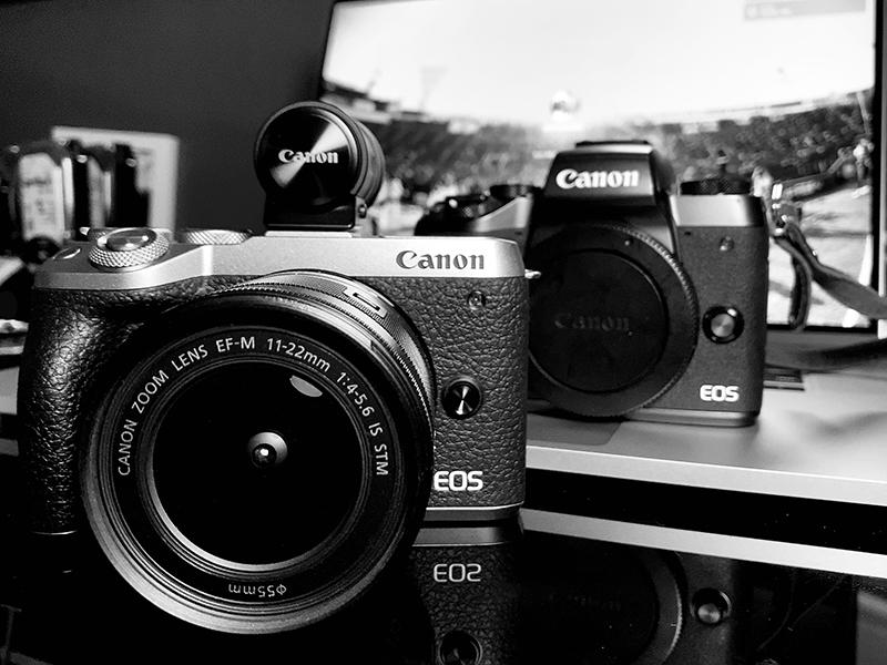 Canon EOS M6 Mark II ①